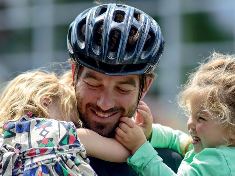 In acht dagen van italie naar nederland finish dochters
