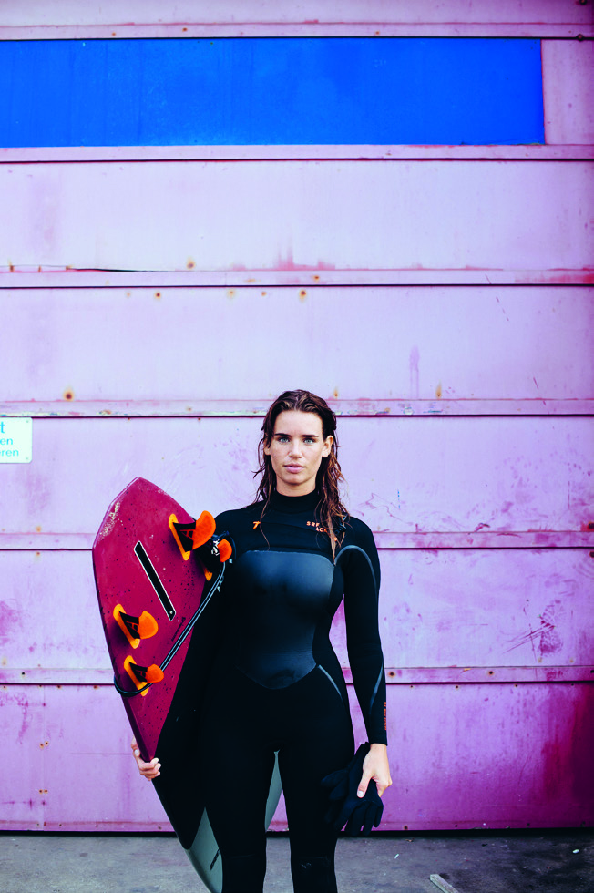 Srface - wetsuits - girl - quad