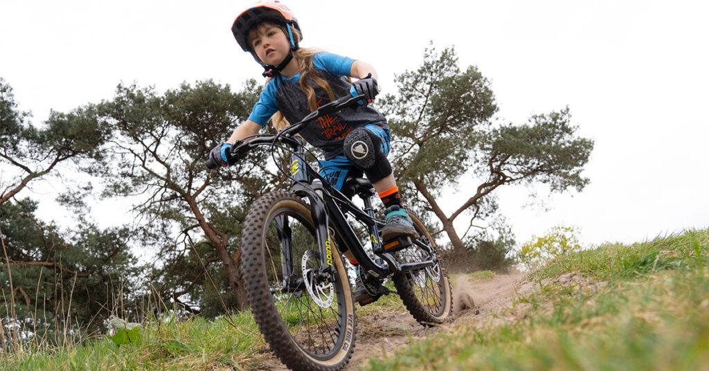 fysio mountainbiken met kids