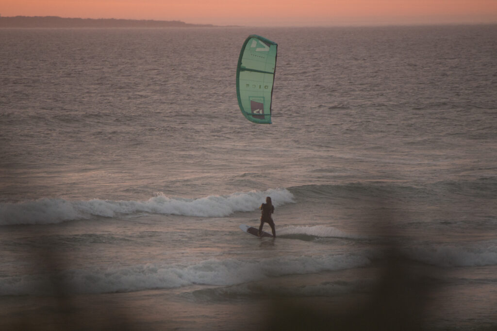 Corona geeft desk-bound kitesurfers nieuwe mogelijkheden