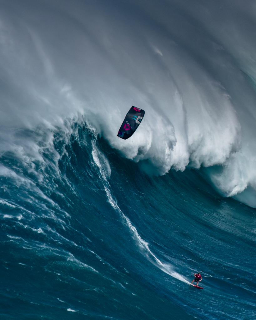 Historische dag op Jaws, gigantische golven