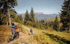 Bucket-trail